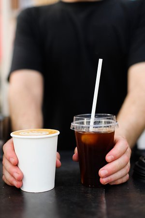 Coffees to go : hot or cold guys ?