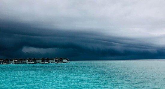 Movenpick Resort Kuredhivaru Maldives Photo