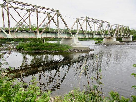 Latchford, Canada: Train trestle