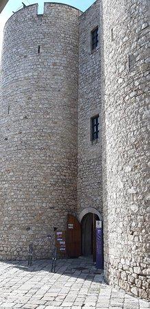 Fondi, Taliansko: Palazzo del Principe e  Castello Caetani sono il medesimo edificio.