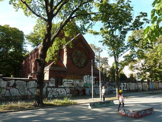 Pappelplatz mit Geldzählerbrunnen