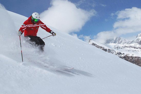 Ski Lessons & Guides - SKI UNLIMITED