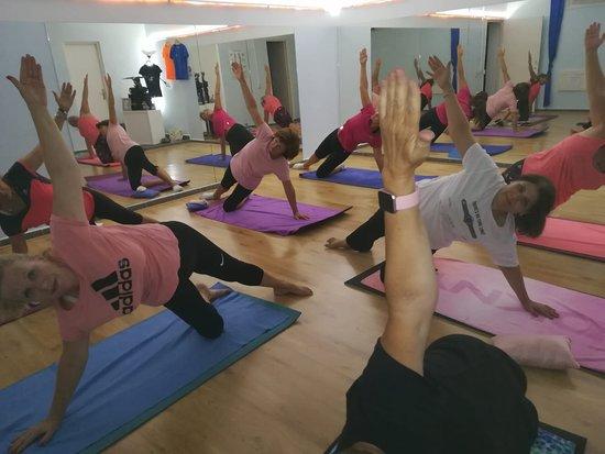 Amigos de Pilates y Yoga Maspalomas: Pilates Avanzado - Fortgeschrittene