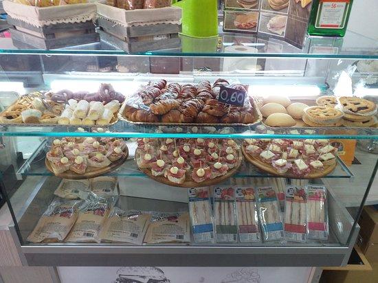 Portico di Caserta, Italia: Stuzzicheria di qualità per un'aperitivo da favola