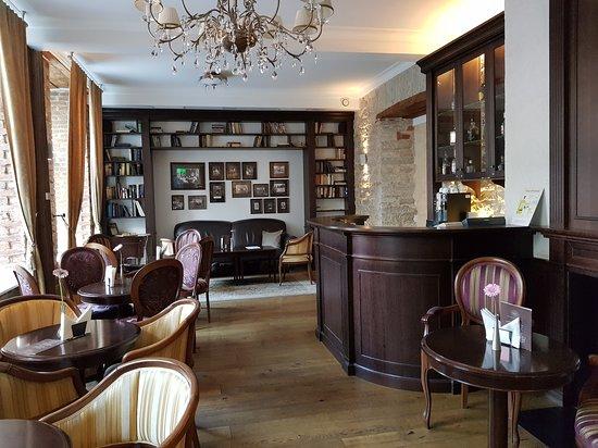 Lobby\bar