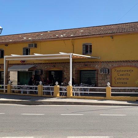 Tielmes, Espanja: Carretera a Villarejo  correcto hay menú diario