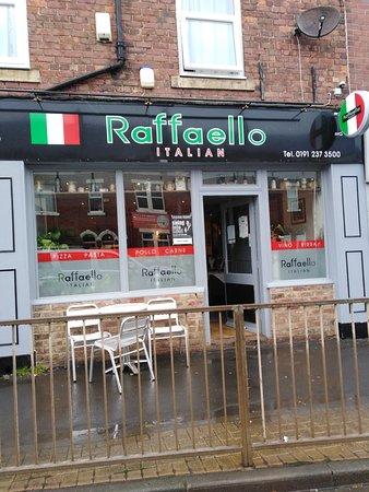 Raffaello Restaurant & Bistro: Great Italian restaurant - Raffaello
