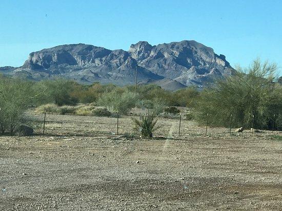 Tonopah, AZ: Saddle mountain
