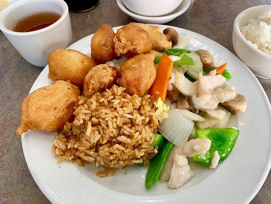 China Garden Grand Forks Restaurant Reviews Photos Phone Number Tripadvisor