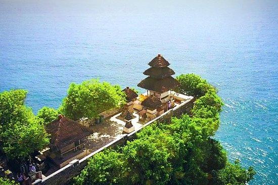 ジンバランビーチでのシーフードディナー付きウルワツ寺院ケチャダンスツアー