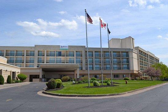 Radisson Hotel Niagara Falls - Grand Island (C̶$̶1̶0̶5̶) C$82 - UPDATED 2019 Prices, Reviews ...