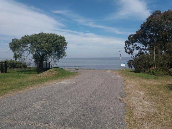 Playa Fomento, Uruguay: LA BAJADA HACIA LA PLAYA