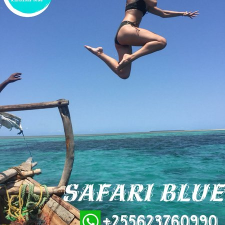 Fumba, Tanzánia: The Safari Blue Tour takes you around the beautiful waters of the islands of Zanzibar, you visit like 5 places sailing in one of our authentic traditional Dhows. A Swahili seafood feast, water-based activities and our famous hospitality ensure a day to remember. You are all welcome  For more info text me in what'Sapp +255623760990