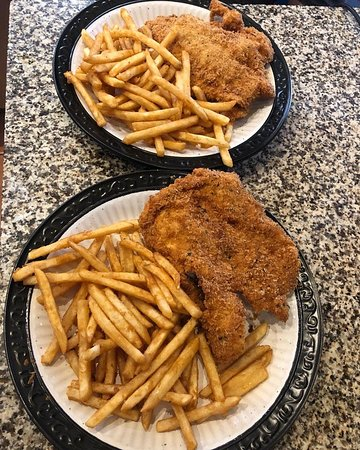 Breaded chicken with french fries