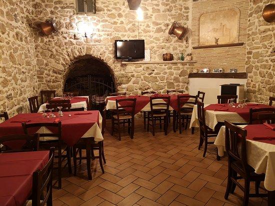 """Ponticelli, Italia: Bar pizzeria """"La torre"""""""