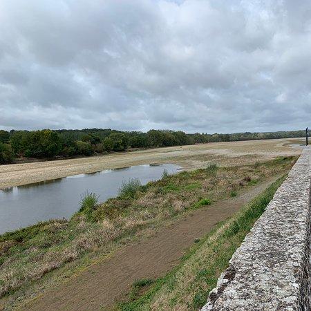Foto de Les Rosiers sur Loire