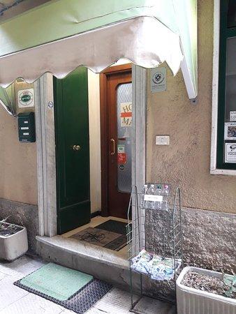 Hotel Major, Hotels in Genua