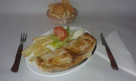 """imagen Bar Restaurante """"La Algodonera"""". en Las Cabezas de San Juan"""