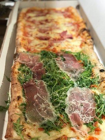 Best Italian pizza for takeaway in Vilnius