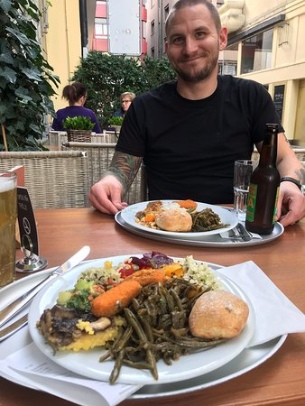 During our trip to Switzerland, I've eaten at this and the Zurich location. Both were excellent in every way. My husband- who isn't a vegetarian- said the food was so good that he'd be happy to come back before we leave. Hot tip- green beans are out of this world.