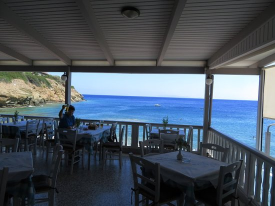 Taverna Bar Stelios: The view at Stelios