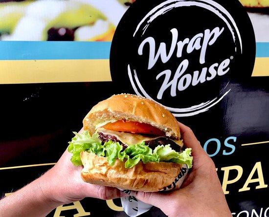 Pregunta por nuestras Súper Hamburguesas Artesanales en Wrap House!!!