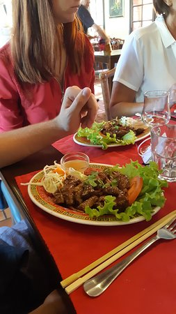 brochettes de poulet et crevettes grillées vraiment délicieuses