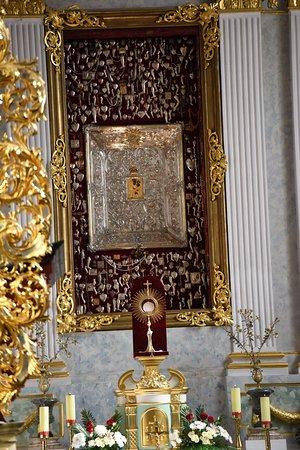 Cudowny obraz Matki Bożej Kongregackiej.