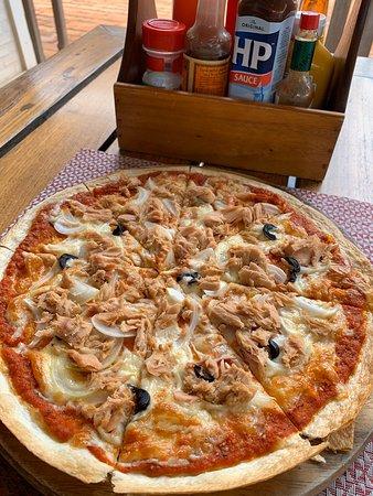 石窯焼きのピッツァ