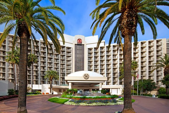 Sheraton San Diego & Marina Hotel