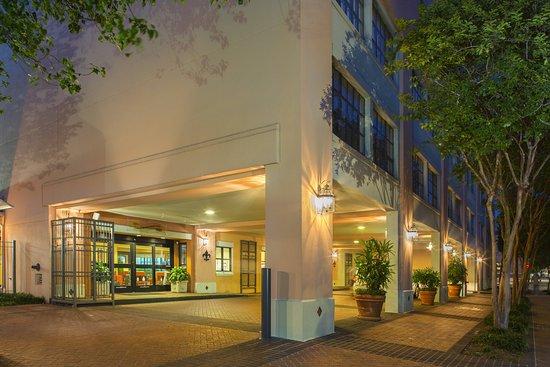 Residence Inn by Marriott New Orleans Downtown Hotel