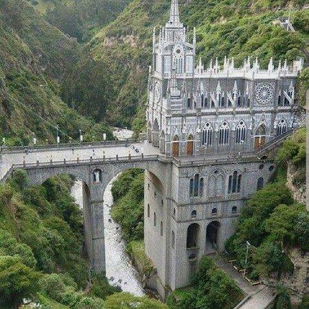קולומביה: Santuario di Las Lajas