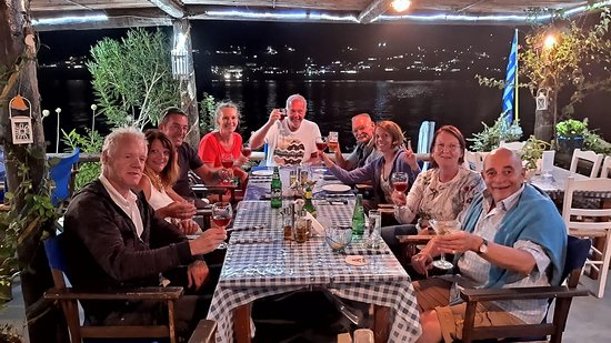 On The Rocks Restaurant Telendos: Ο ΒΡΑΧΟΣ