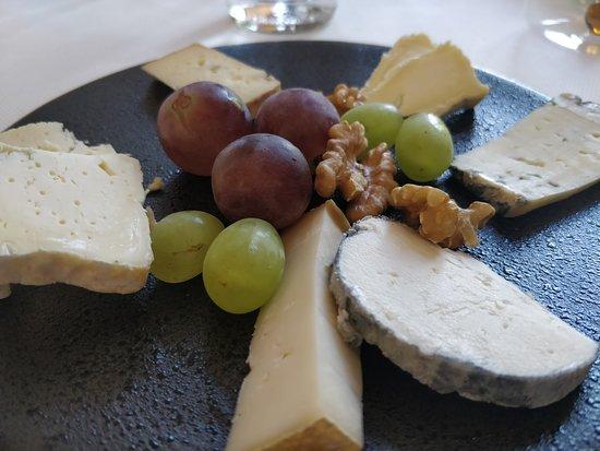 Hastière, Belgia: Quelques fromages.