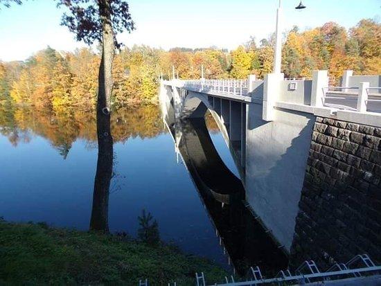 Na mostě PŘEHRADA Pastviny-PCE-kraj.