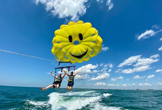 Parasailing The Pass
