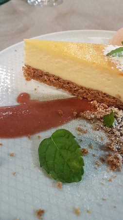 Central Poland, โปแลนด์: Polish cheesecake, SERNIK.