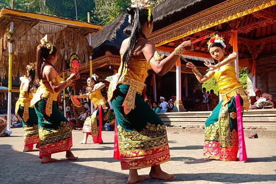 Deka Bali Travel