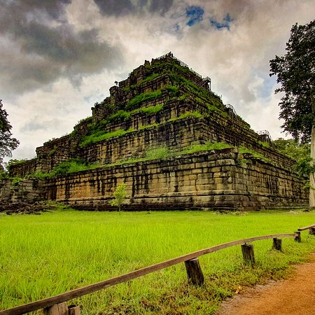 Preah Vihear Province, Cambodia: Nice temple