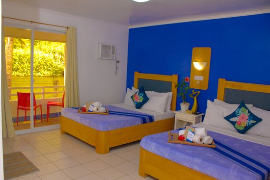 Ilocos Sur Province, Philippines: Grab now the LOWEST PROMO of Villa Gloria Beach Resort. Our Rainy Season Promo is EXTENDED until OCTOBER 15, 2019. What are you waiting for? Invite now your family and friends to relax along the famous Beach here in Narvacan, Ilocos Sur. With our upgraded Premier Rooms for as low as 2750 php good for 4 persons with complimentary breakfast.  For inquiries and reservations please call mobile number. for globe 09278242683 and for smart 09472568888 or email us villaglorianarvacan@gmail.com.