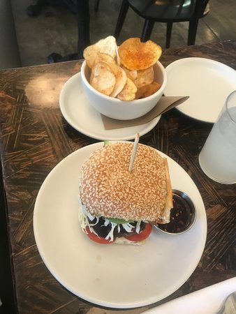 T&P Burger