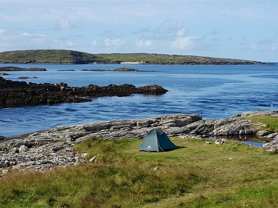 Коннемара, Ирландия: Clifden Camping on the beach in Connemara Ireland - Eco-friendly and Climate Neutral  #Clifdencamping #Clifdencampsite #Connemara