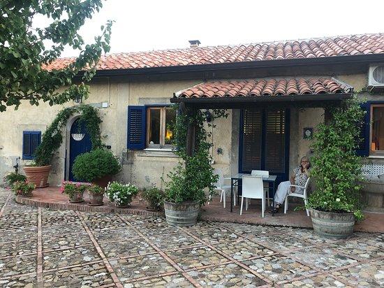 Vallelunga Pratameno, Italie : Rosemaries Cottage