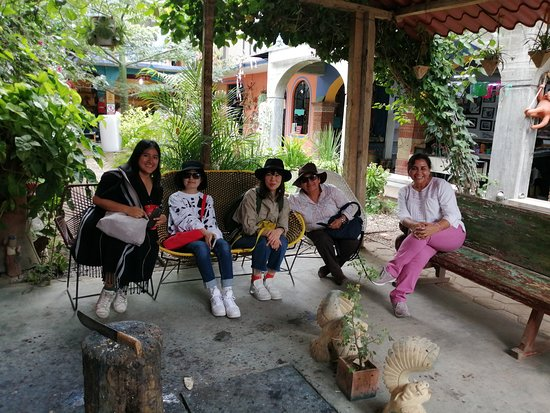 San Martin Tilcajete, Mexico: Visitanto el taller en Tilcajete