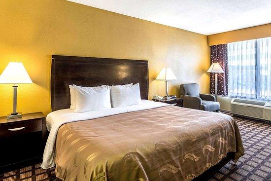 Quality Inn & Suites Port Allen