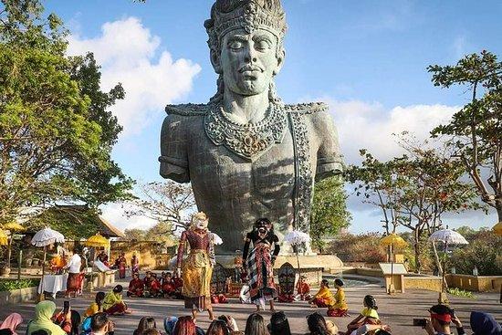 Playa de medio día de Bali GWK, Uluwatu...