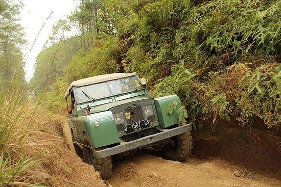 South Bandung Off Road Tour: Land Rover...