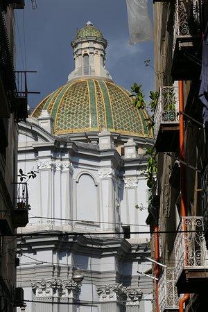 Fontanelle Cemetery and Sanità District Private Tour: Campanile della chiesa di S. Vincenzo