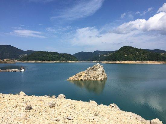 Zaovine lake - Pure beauty