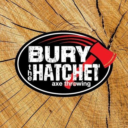 Bury the Hatchet Tampa - Axe Throwing